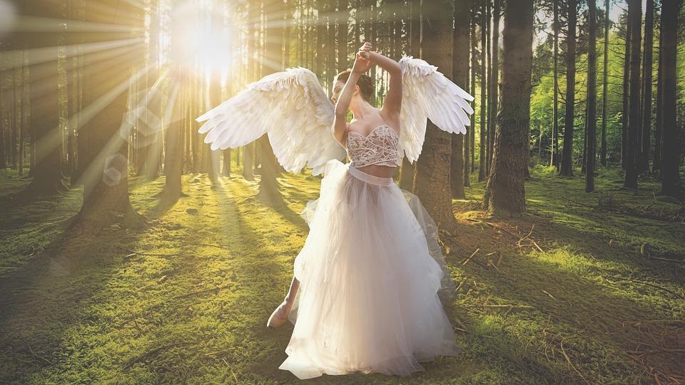 להתחבר למלאכים דרך תקשור