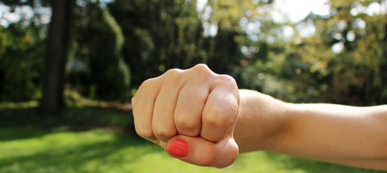 למה אנשים מעצבנים אותנו!!! – שיעור מודעות עצמית והעצמה אישית