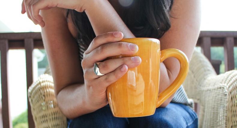 5 תדרים וחליטות שיעזרו לך להרגיש רגועה ומאוזנת יותר
